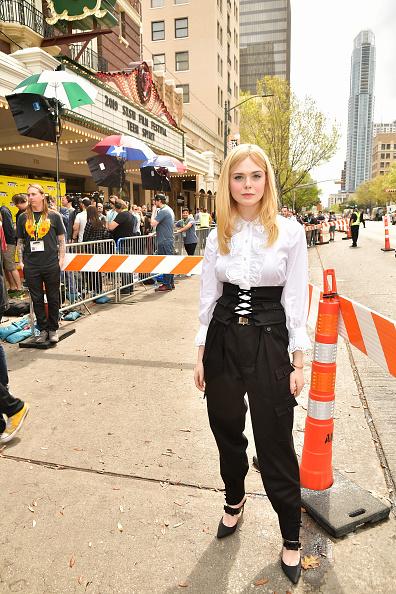 "Elle Fanning「""Teen Spirit"" Premiere - 2019 SXSW Conference and Festivals」:写真・画像(2)[壁紙.com]"