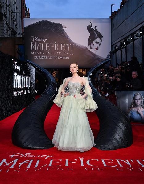 "Elle Fanning「European Premiere Of ""Maleficent: Mistress of Evil""」:写真・画像(3)[壁紙.com]"