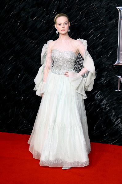 "Elle Fanning「""Maleficent: Mistress Of Evil"" European Premiere - Red Carpet Arrivals」:写真・画像(1)[壁紙.com]"