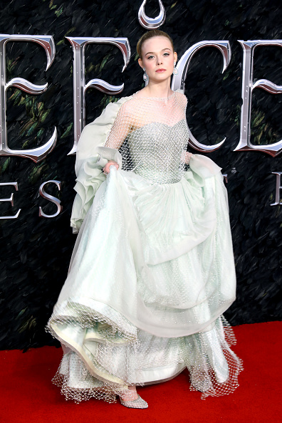 "Elle Fanning「""Maleficent: Mistress Of Evil"" European Premiere - Red Carpet Arrivals」:写真・画像(6)[壁紙.com]"