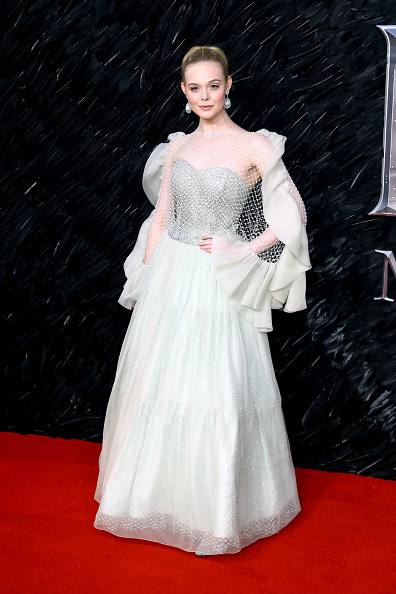 "Elle Fanning「""Maleficent: Mistress Of Evil"" European Premiere - Red Carpet Arrivals」:写真・画像(2)[壁紙.com]"