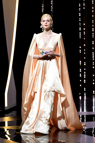 Elle Fanning「Opening Ceremony - The 72nd Annual Cannes Film Festival」:写真・画像(9)[壁紙.com]
