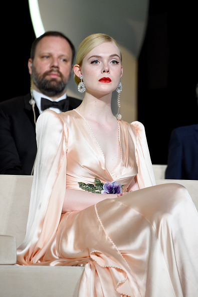 Elle Fanning「Opening Ceremony - The 72nd Annual Cannes Film Festival」:写真・画像(3)[壁紙.com]