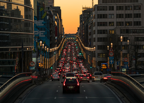 City of Brussels「Rue de la Loi at dusk」:スマホ壁紙(6)