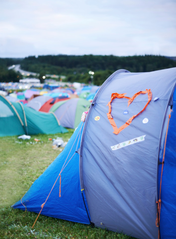Music Festival「All is quiet at the campsite」:スマホ壁紙(19)