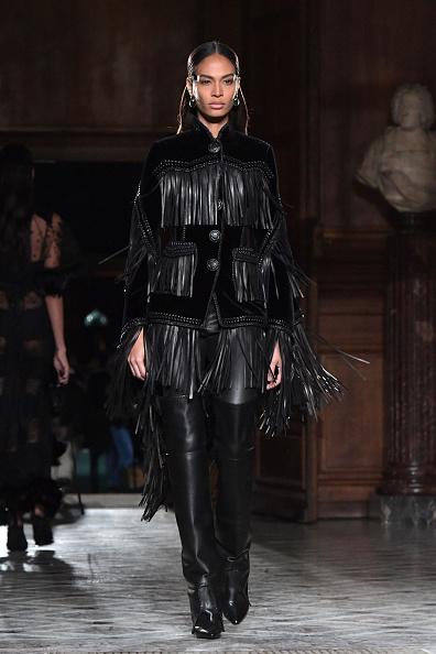 パリ・メンズ・ファッションウィーク「Givenchy : Runway - Paris Fashion Week - Menswear F/W 2017-2018」:写真・画像(18)[壁紙.com]