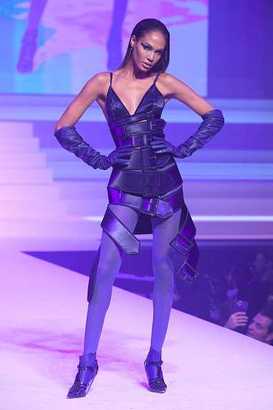 Purple Shoe「Jean-Paul Gaultier : Runway - Paris Fashion Week - Haute Couture Spring/Summer 2020」:写真・画像(16)[壁紙.com]