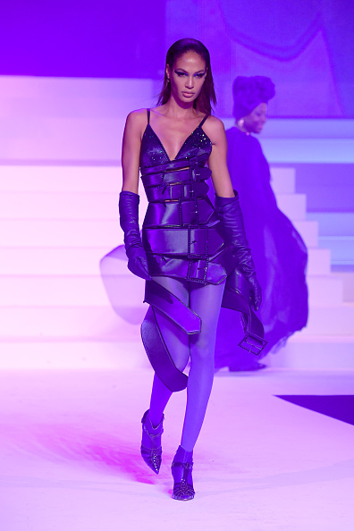 Purple Shoe「Jean-Paul Gaultier : Runway - Paris Fashion Week - Haute Couture Spring/Summer 2020」:写真・画像(17)[壁紙.com]