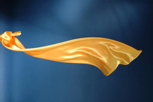 Mid-Air「Flying yellow satin」:スマホ壁紙(4)