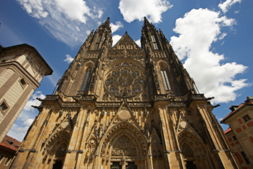 St Vitus's Cathedral「Entrance of Cathedral」:スマホ壁紙(2)