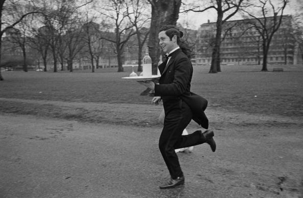 Waiter「Soho Waiters' Race」:写真・画像(3)[壁紙.com]