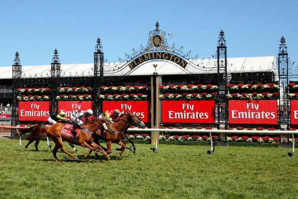 Damien Oliver「Highlights From Emirates Stakes Day」:写真・画像(11)[壁紙.com]