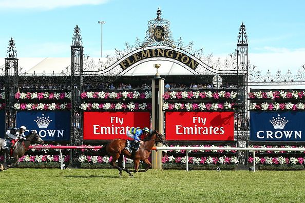 Crown Oaks Day「Highlights From Crown Oaks Day」:写真・画像(5)[壁紙.com]