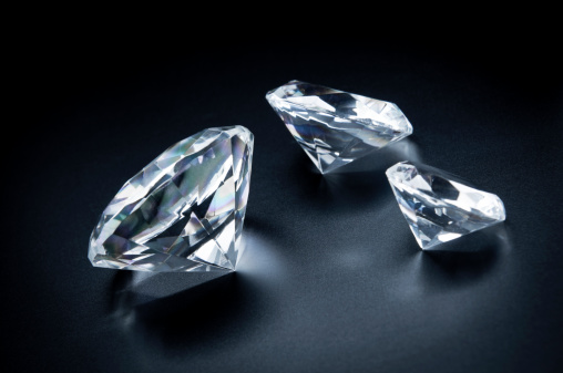 Diamond Shaped「Three beautiful diamonds on a black background.」:スマホ壁紙(19)