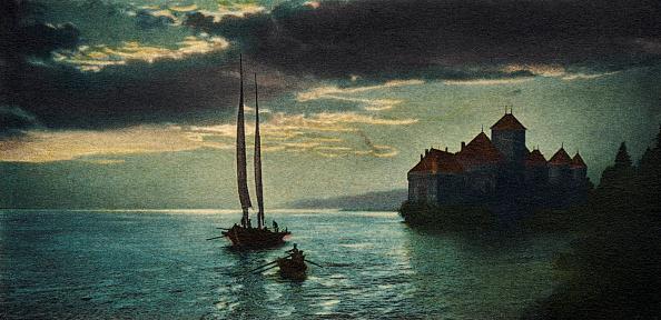 Vaud Canton「Château de Chillon - the castle on Lake Geneva (near Montreux), made famous by Lord Byron 's poem 'The Prisoner of Chillon'.」:写真・画像(11)[壁紙.com]