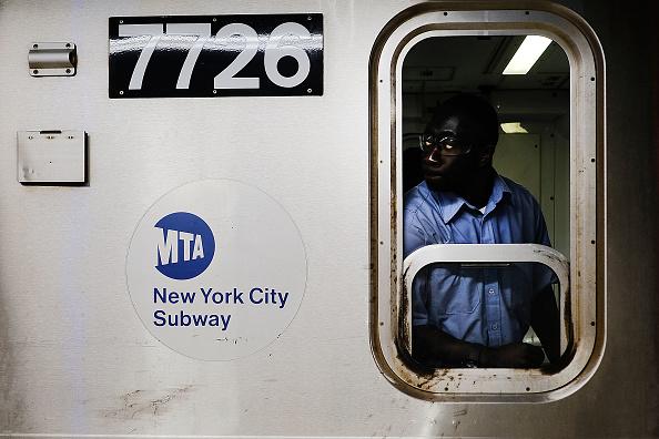 鉄道・列車「New York Gov. Cuomo Declares MTA Subway System In State Of Emergency」:写真・画像(19)[壁紙.com]