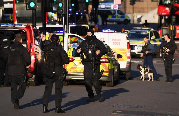 London Bridge - England「Man Shot By Police On London Bridge Following Stabbing」:写真・画像(9)[壁紙.com]