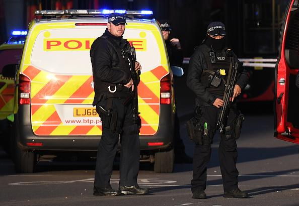 London Bridge - England「Man Shot By Police On London Bridge Following Stabbing」:写真・画像(17)[壁紙.com]