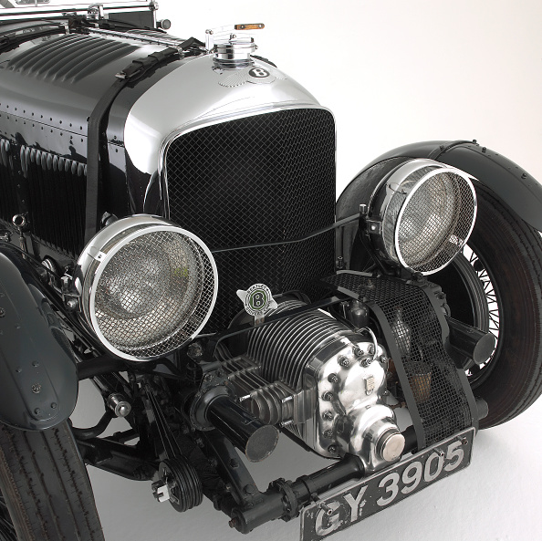 Vehicle Grille「1930 Bentley 4.5 litre blower」:写真・画像(12)[壁紙.com]
