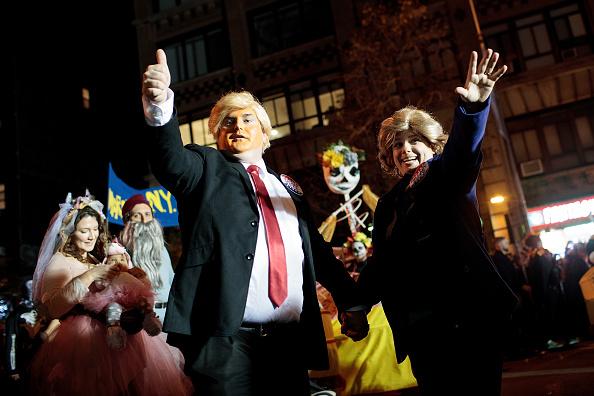 Drew Angerer「Annual Halloween Parade Winds Through New York's Greenwich Village」:写真・画像(13)[壁紙.com]