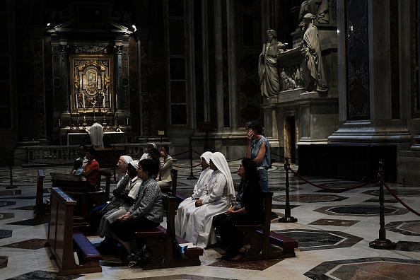 Church「Catholic Church Faces Growing Crises Over Clerical Sex Abuse」:写真・画像(8)[壁紙.com]