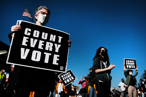 "Pennsylvania「Protestors Hold ""Count Every Vote"" Protest Rally In Philadelphia」:写真・画像(13)[壁紙.com]"