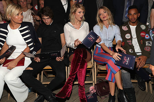 #TOMMYNOW Women's Runway Show Fall 2016 - Front Row:ニュース(壁紙.com)
