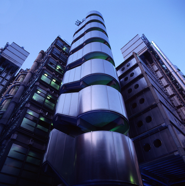 Travel Destinations「The Lloyd's Building by Richard Rogers Partnership, London, UK」:写真・画像(1)[壁紙.com]