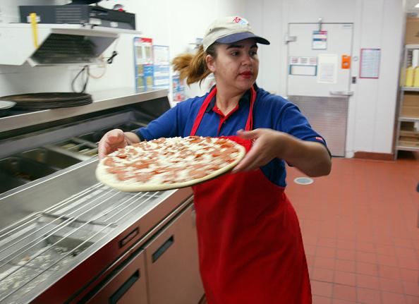 Pizza「Dominos Pizza Files To Go Public」:写真・画像(12)[壁紙.com]