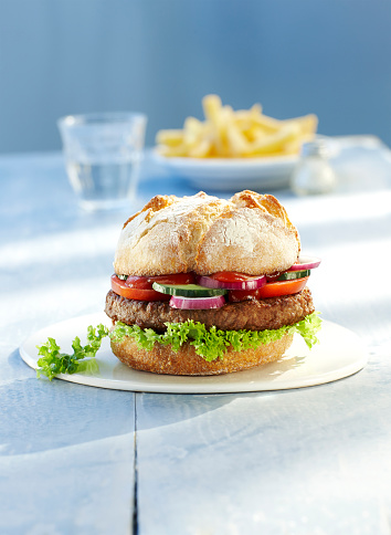 Hamburger「Hamburger on plate and french fries」:スマホ壁紙(1)