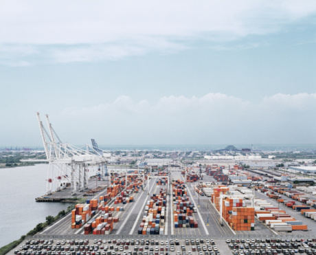 New Jersey「Crane and cargo containers on pier, elevated view」:スマホ壁紙(16)