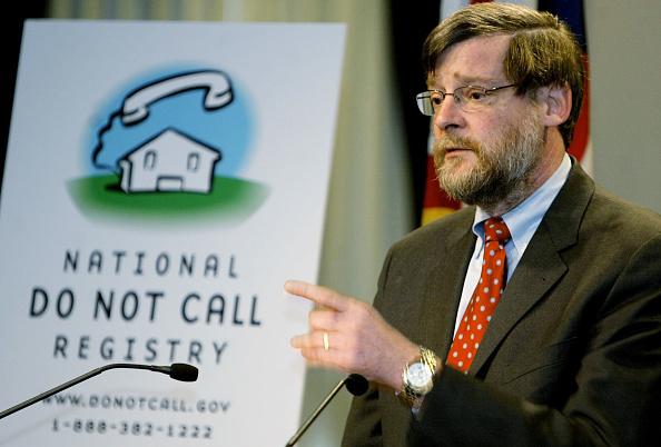 Dresser「FTC Holds News Conference On Enforcement Of Do Not Call Registry」:写真・画像(16)[壁紙.com]
