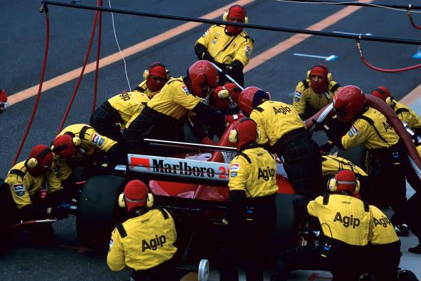 ピットストップ「Gerhard Berger, Grand Prix Of Europe」:写真・画像(4)[壁紙.com]