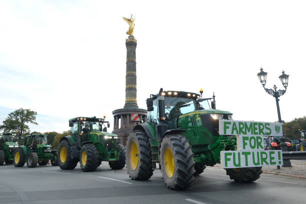 Farmers Protest Agricultural Policy:ニュース(壁紙.com)