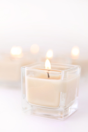 Pastel「Scented Spa Candles with Copy Space」:スマホ壁紙(10)