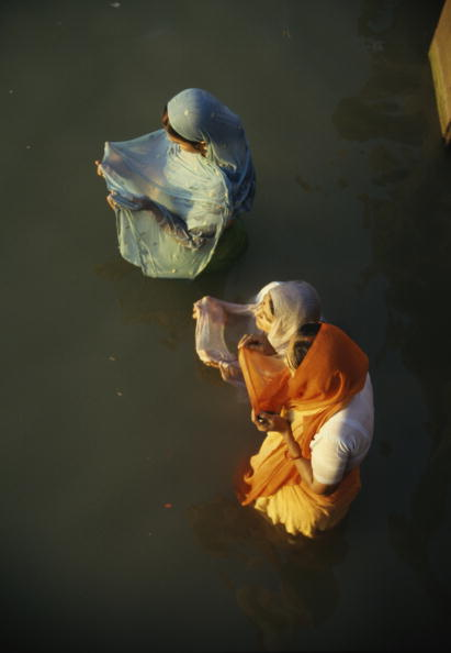 Lea Goodman「Varanasi Prayers」:写真・画像(16)[壁紙.com]