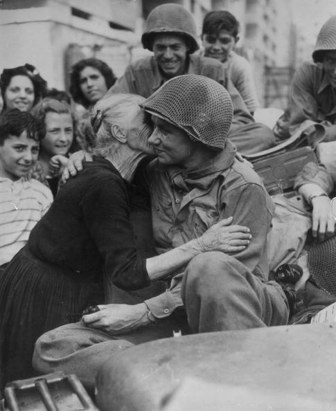 World War II「Grateful Granny」:写真・画像(9)[壁紙.com]