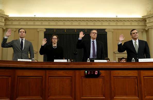 Court Hearing「House Judiciary Committee Holds First Impeachment Inquiry Hearing」:写真・画像(5)[壁紙.com]