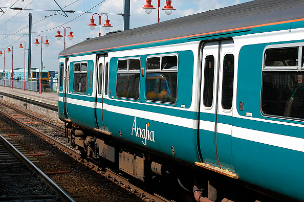 Durability「The livery of Anglia Trains has proved a durable example of corporate identity」:写真・画像(10)[壁紙.com]