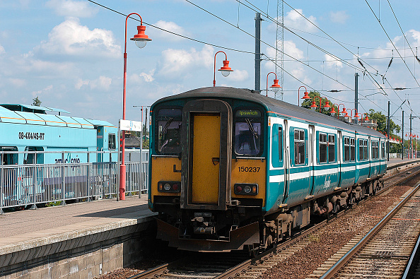 Durability「The livery of Anglia Trains has proved a durable example of corporate identity」:写真・画像(14)[壁紙.com]