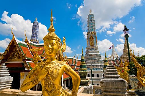Buddha statue「Buddha sculpture in Grand Palace Thailand」:スマホ壁紙(15)