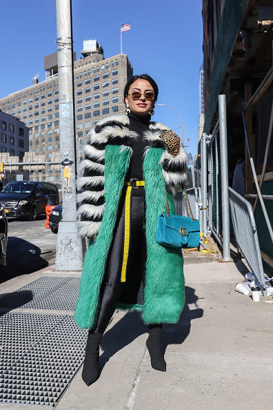 Achim Aaron Harding「Street Style - New York Fashion Week February 2019 - Day 3」:写真・画像(15)[壁紙.com]