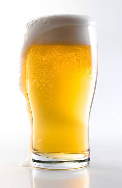 Beer Glass w/Clipping Path:スマホ壁紙(壁紙.com)