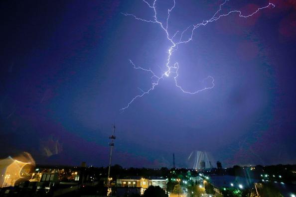 Illinois「Central Illinois Hit With Severe Tornados」:写真・画像(10)[壁紙.com]