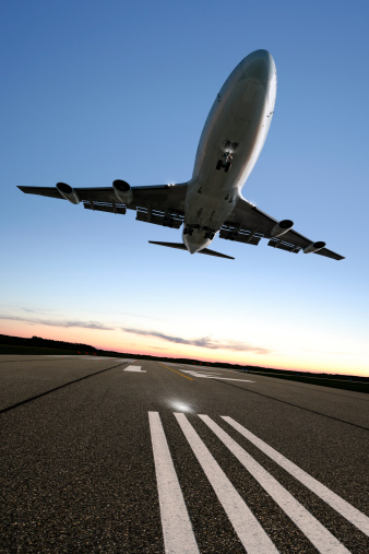 Approaching「XXL jumbo jet airplane landing」:スマホ壁紙(15)