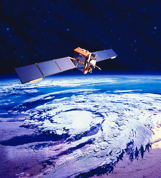 Communications satellite orbiting Earth (digital composite):スマホ壁紙(壁紙.com)