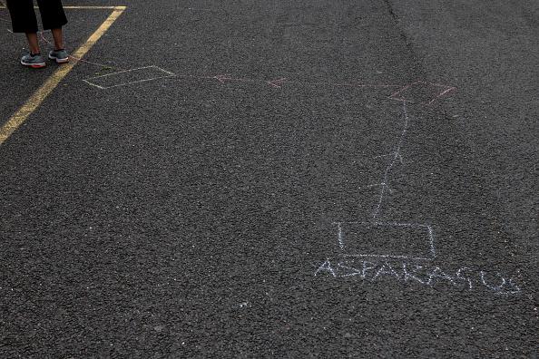 Asparagus「Life In The London Borough Of Lewisham Amid Coronavirus Pandemic」:写真・画像(2)[壁紙.com]
