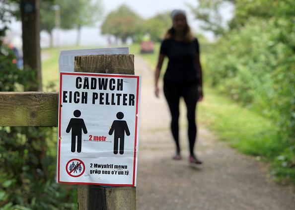 Wales「Britons Adjust To Eased Coronavirus Lockdown, Now In Ninth Week」:写真・画像(3)[壁紙.com]