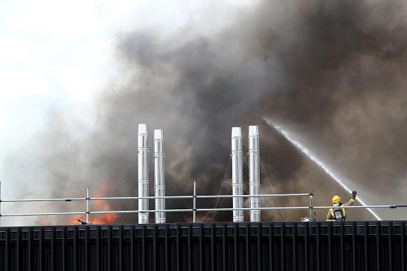 Auckland「Smoke Blankets Auckland CBD As Fire Burns At SkyCity Convention Centre」:写真・画像(17)[壁紙.com]