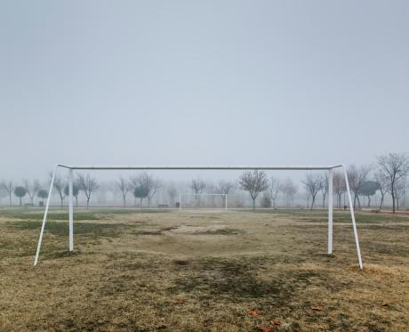 Goal Post「Football goals under mist」:スマホ壁紙(14)